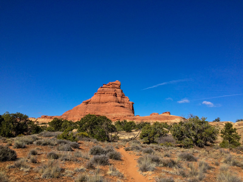A giant monument along the trail.