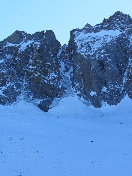 U-notch and v-notch from Palisade Glacier.