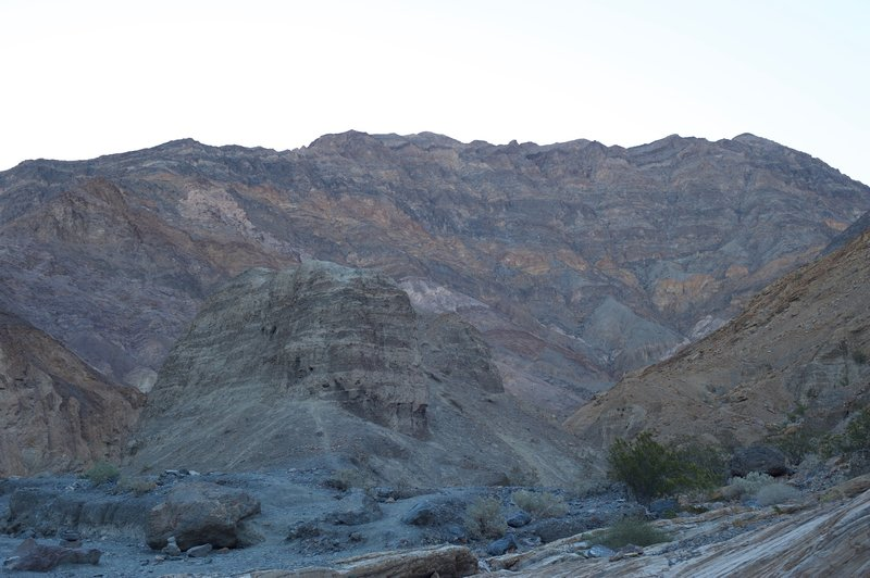 Views of the surrounding hills from the canyon floor. Lots of different colored rocks make for an amazing view.