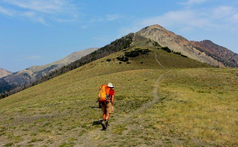 Starting up the Southeast Ridge of Electric Peak.