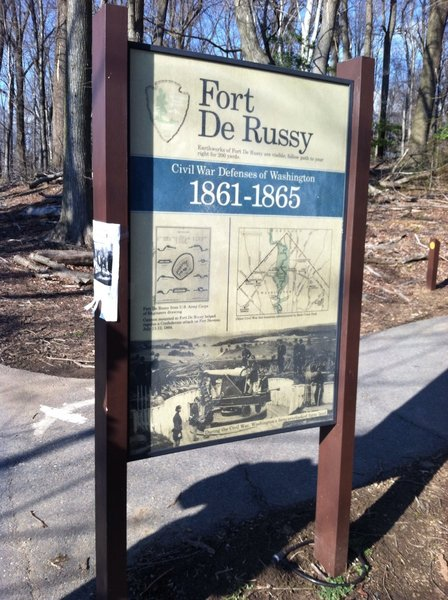 Fort DeRussy placard.