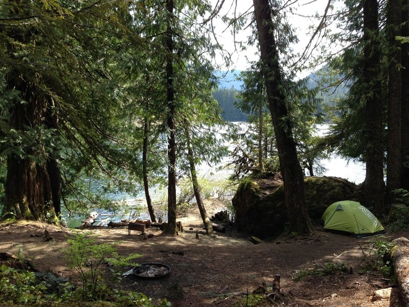 One of the last sites around the lake, along the lake, this location lets you camp right by the water.