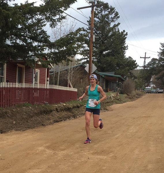 Sarah Kadlec cruising through Gold Hill and to victory in the 10 Mile Ascent.