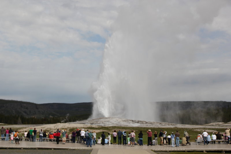 Crowd watching the drama of Old Faithful.
