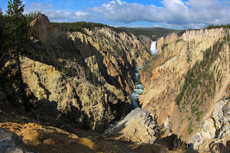 Grand Canyon of the Yellowstone from Artist's Point.