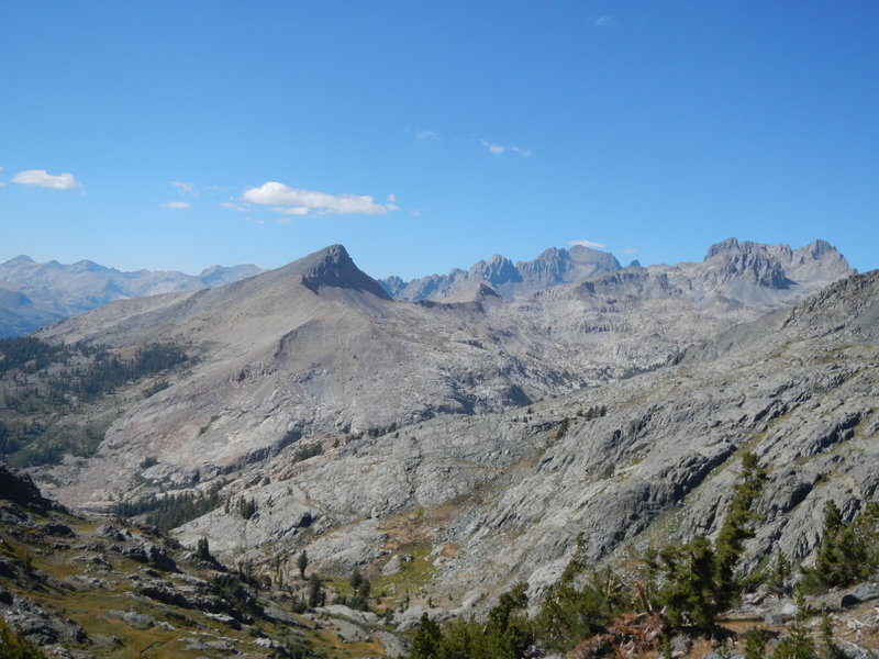 View north of the Ritter Range and Minarets!