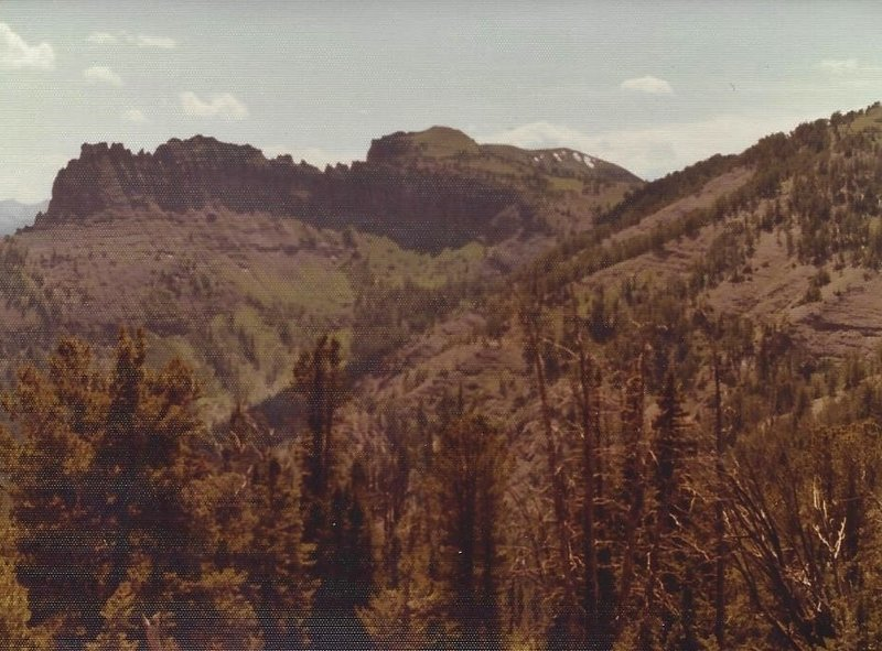 The jagged southeast ridge leads up to Big Horn Peak.