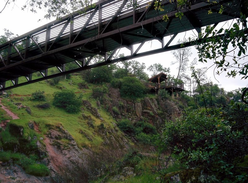 Viewing deck with an awning past Canyon View Bridge.