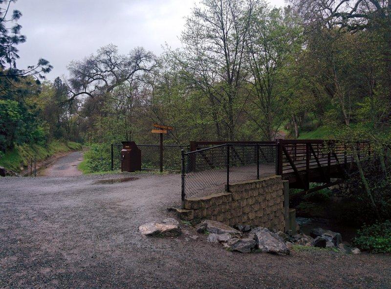 Whiskey Diggins Bridge.