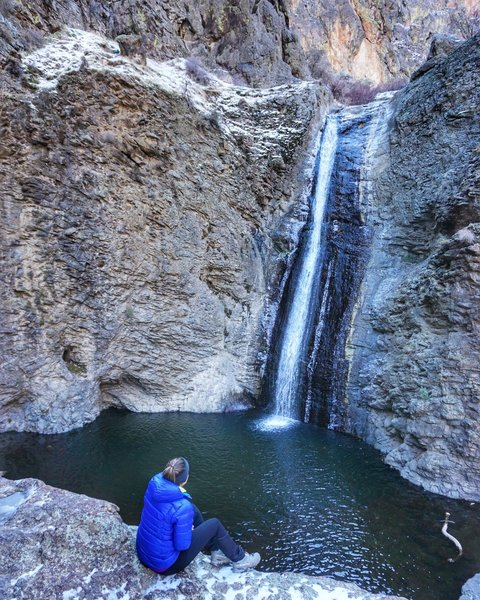 Jump Creek Falls - an easy trail to a surprising little oasis.