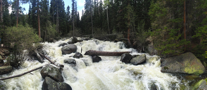 It feels like there are more than 3 defined waterfalls along this trail.