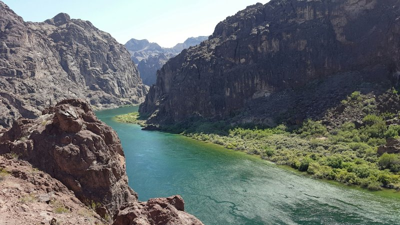 A nice over view of the Colorado River.