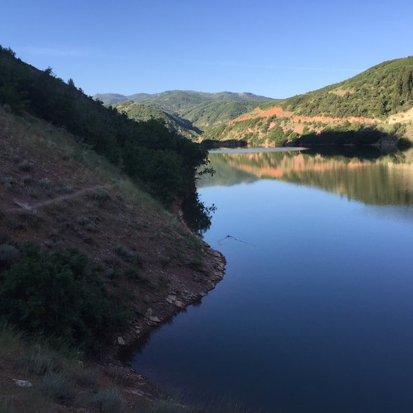 A view of the Skintoe Trail as it wraps around Causey Reservoir.