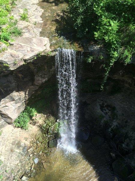 Minnemishiona Falls.