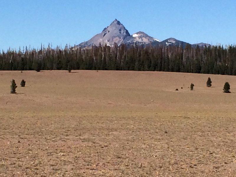 Mount Thielsen from Pumice Desert.