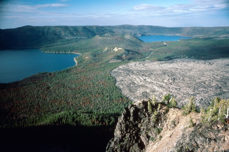 Paulina (left) and East Lake (right) from Paulina Peak.