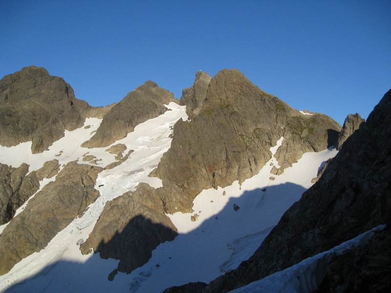View to Three Fingers Lookout (center peak, whitish) from about Tin Can Gap.