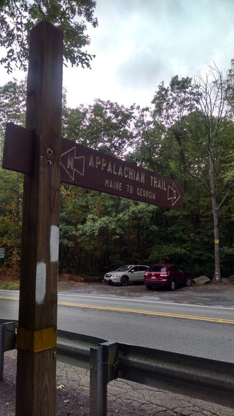 Trailhead: Appalachian Trail - Fox Gap PA to Columbia Gas Pipeline