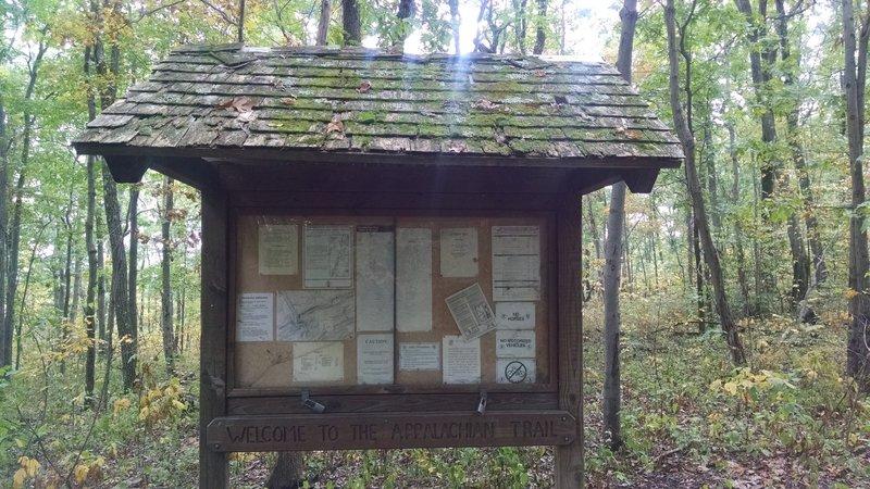 Kiosk: Appalachian Trail - Fox Gap PA to Columbia Gas Pipeline