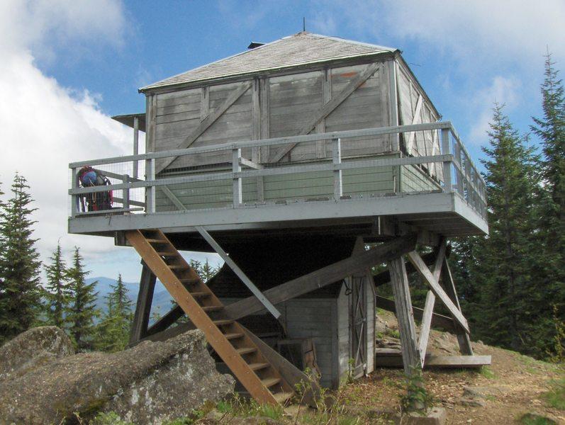 Devil's Peak Lookout. Photo by USFS.