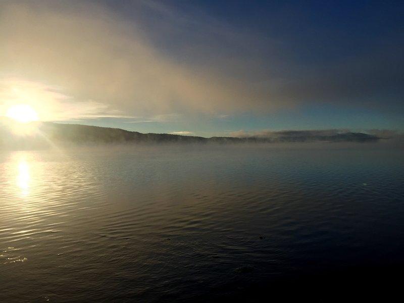 Sunrise on Shoshone Lake from Campsite 8S3.