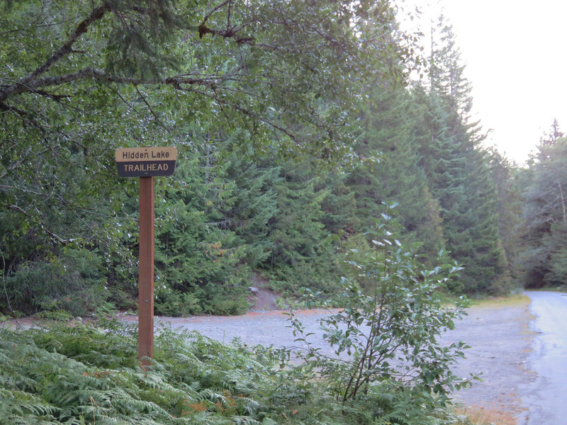 The Hidden Lake Trailhead requires a valid parking pass.  Photo by Wanderingyunks.