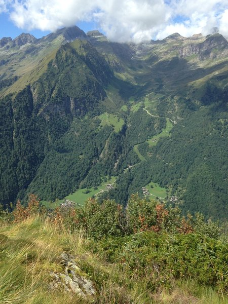 Spectacular views of the slopes of Monte Rosa / Vista spettacolare sulle pendici del Monte Rosa.