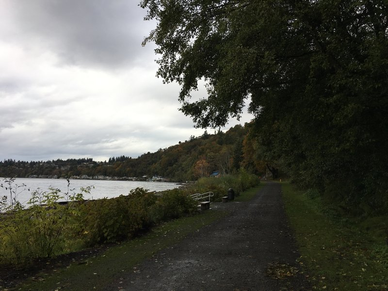 Shoreline Trail runs along Puget Sound with Seahurst playground and other trails nearby.