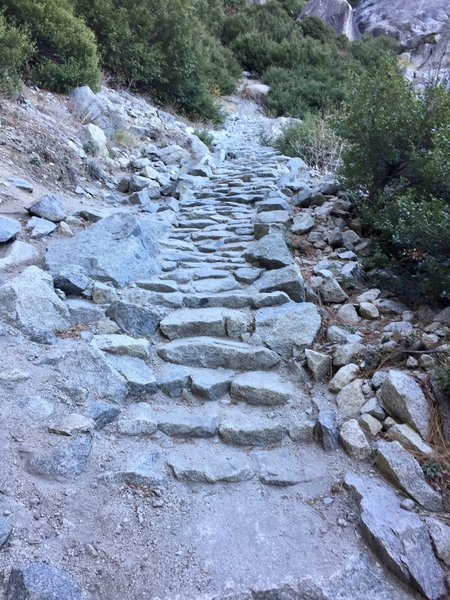 Trail on Upper Yosemite Falls past Columbia Rock.