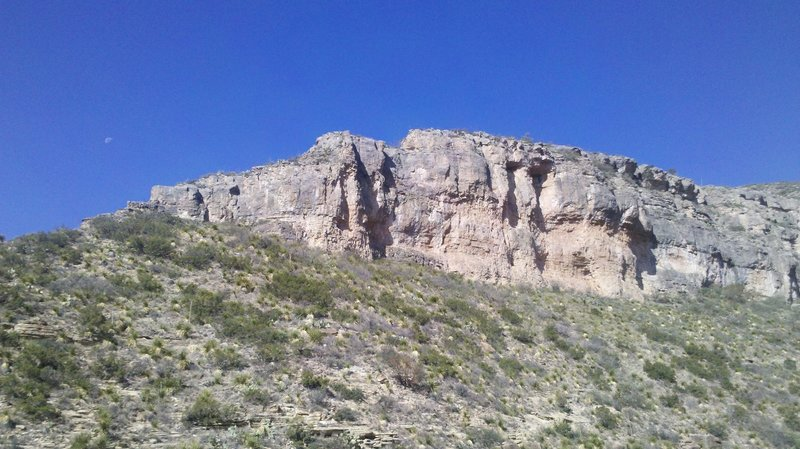 One of the first ridges along the McKittrick Canyon Trail.