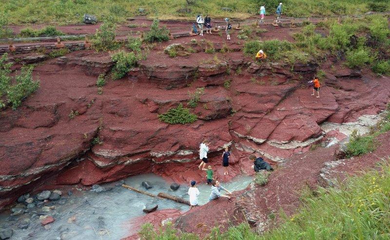 Visitors enjoying Red Rock Canyon.