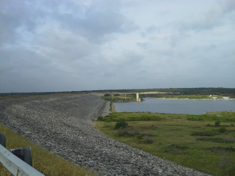 The Goodwater Loop crossing over the Lake Georgetown Dam.