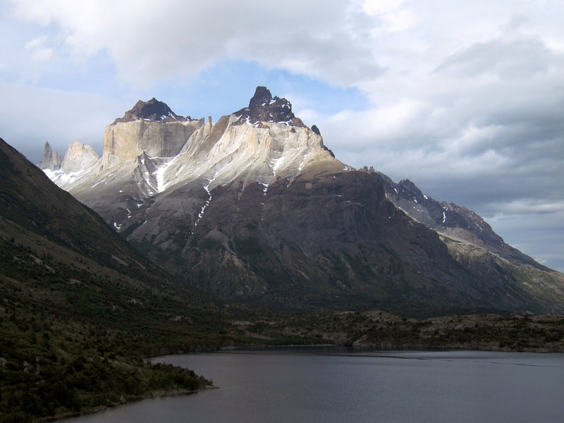 Looking at the Cuernos del Paine from Skottsberg Lake.