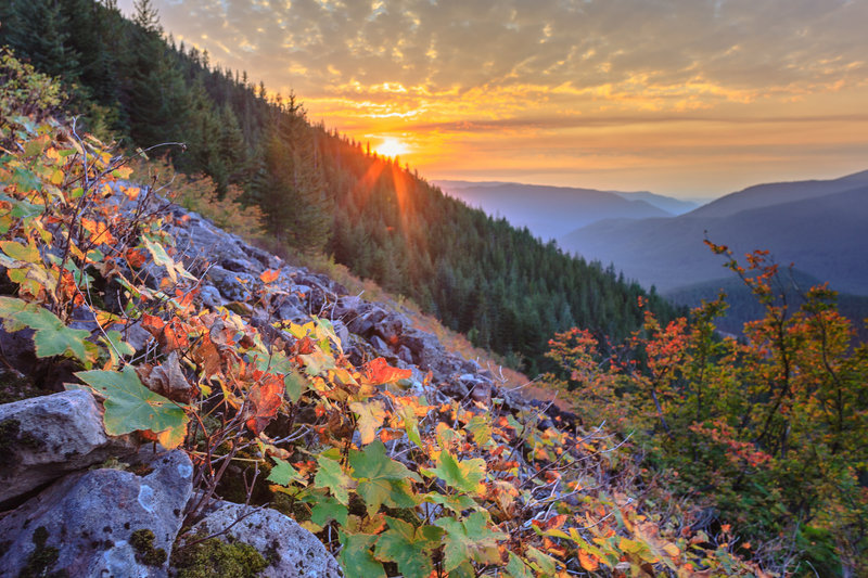 Mirror Lake Trail is colorful in fall and offers great views. Photo by Justin Watts.