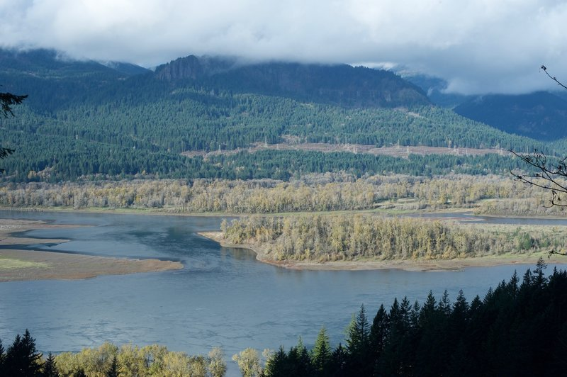 You'll have fantastic views of the Columbia River from the trail.