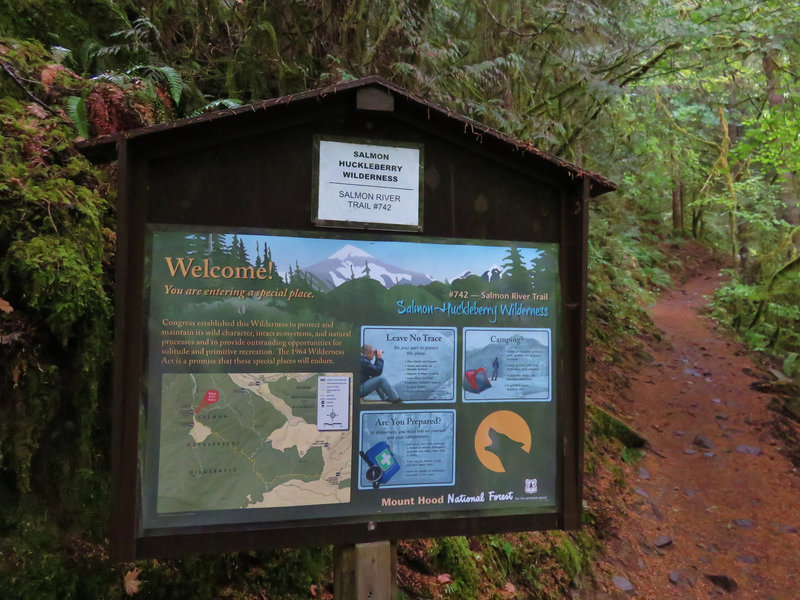 The Salmon River Trail Trailhead is well marked with an informative kiosk. Photo by Yunkette.