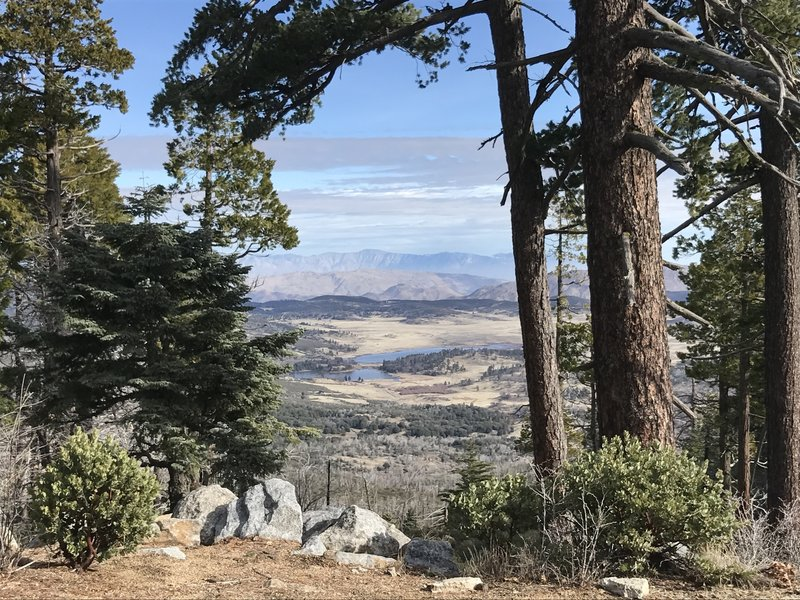 Lake Cuyamaca looks utterly gorgeous from the flank of Cuyamaca Peak.