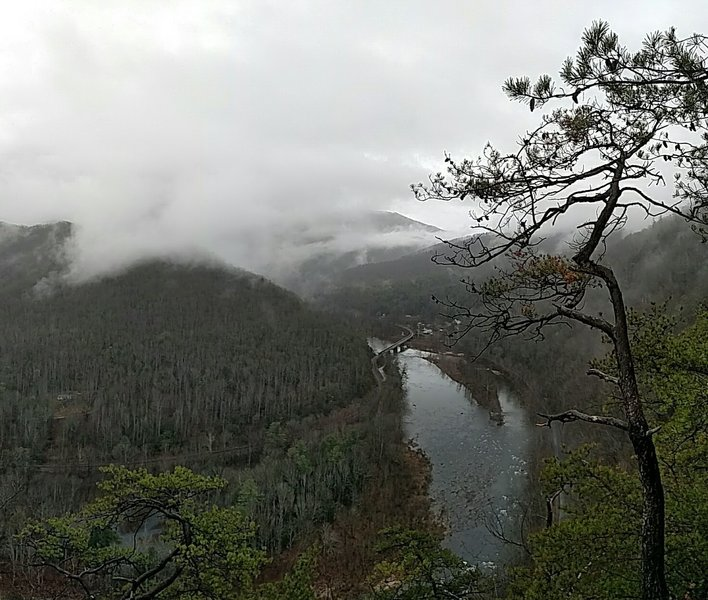 This viewpoint on the AT offers an unbridled view of the Nolichucky River.