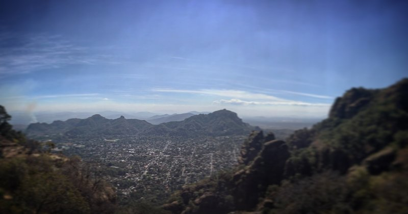 Expect great valley views from El Tepozteco.
