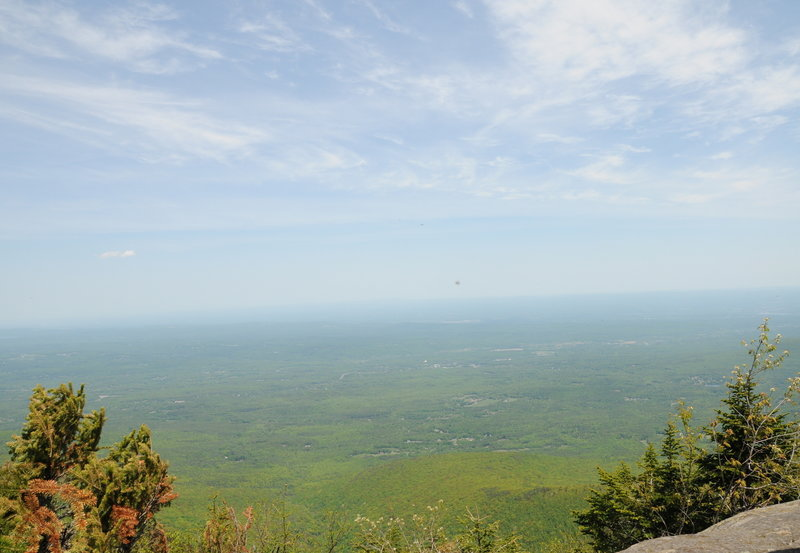 As the view east from Blackhead Mountain shows, New York gets flat fast east of the Catskills!