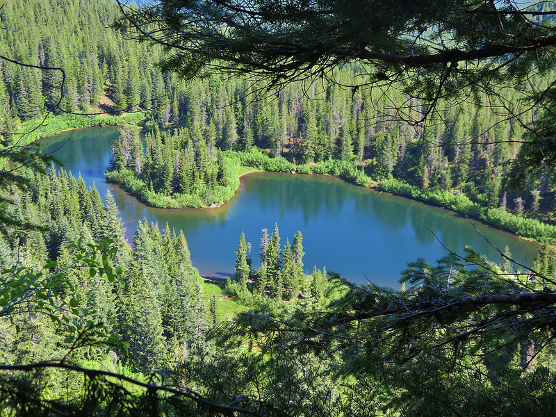The Zigzag Mountain Trail #775 offers a beautiful view looking down onto Cast Lake. Photo by Yunkette.