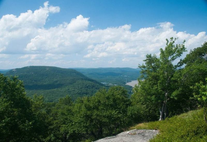 The Rampo-Dunderberg Trail offers beautiful views toward Bear Mountain and the Hudson River.