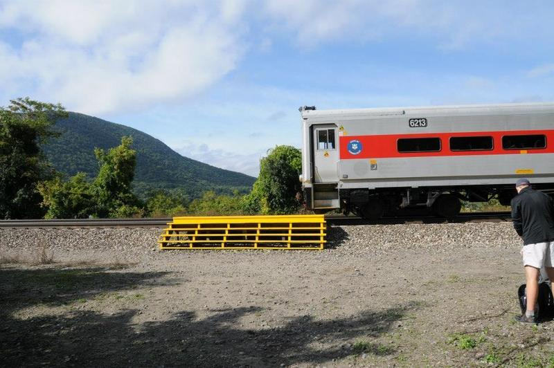 You can take the Metro North to Breakneck on weekends. Only one door will open, so be mindful that you move to the exit!