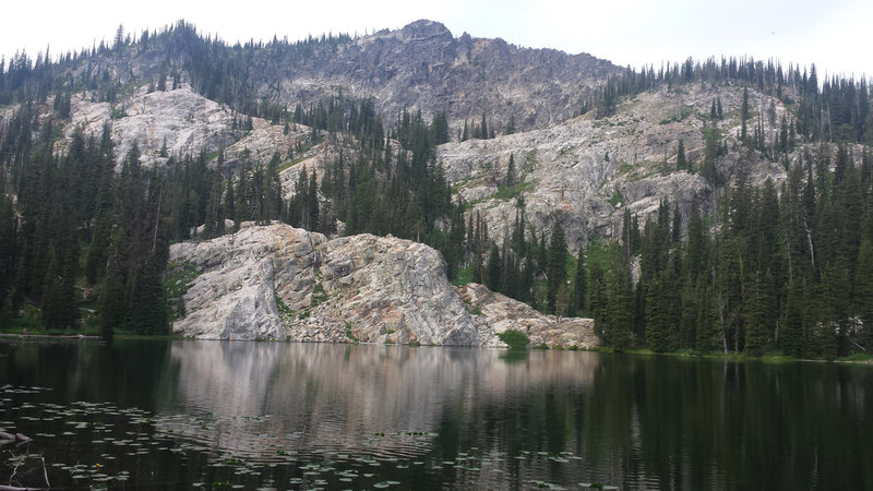 Anderson Lake stands in the shadow of Boulder Mountain.