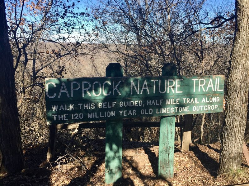 An informative sign marks the entrance to the trail at the Hardwicke Interpretive Visitor Center.
