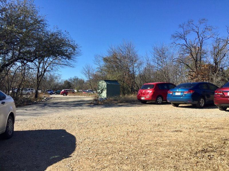There's ample parking at the trailhead for the Prairie Trail and Caprock Trail.