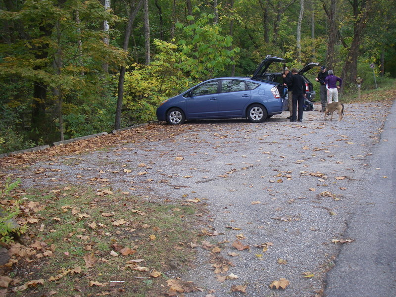 Parking is sufficient at the Belfast Trailhead.