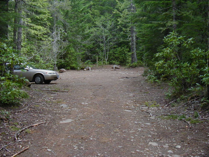 The road to the trailhead is rough in places. The trailhead serves the West Zigzag Trail and the Burnt Lake (south) Trail. Photo by Jerry Adams.