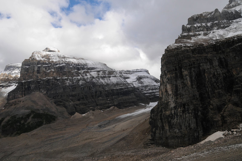 Mount Aberdeen stands prominently in the distance from the Plain of Six Glaciers Trail.