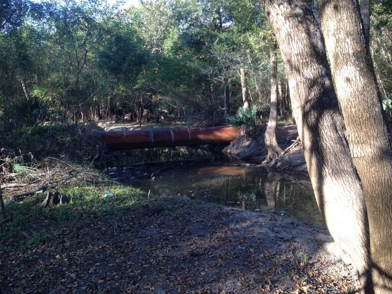 Banzai Pipeline crosses Turkey Creek. Use caution when crossing.